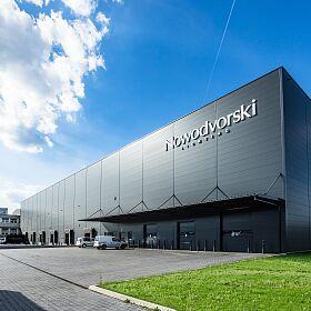 Logistic_centre_Nowodvorski_Lighting.jpg